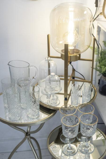 Cristaleria y cubiertos